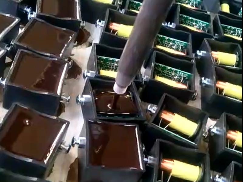 变压器自动灌胶机视频